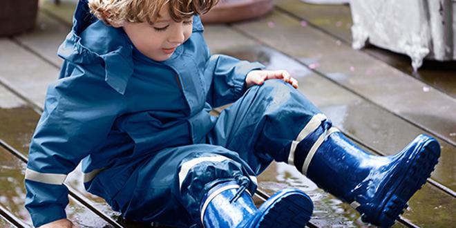 Çocuklar İçin Su Geçirmez Yağmur Tulumu ve Pantolonları